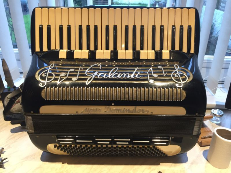 Galanti Super Dominator 140 Bass