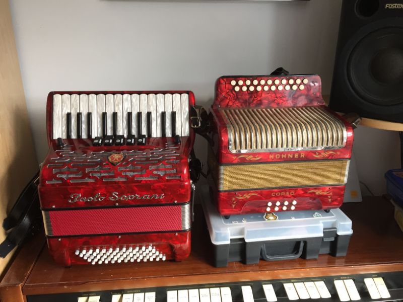Paolo Soprani 60 Bass and Hohner Corso