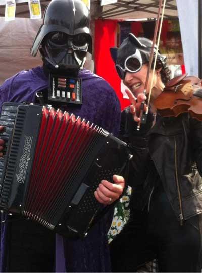Fiddlebox-Darth-Vader-and-C