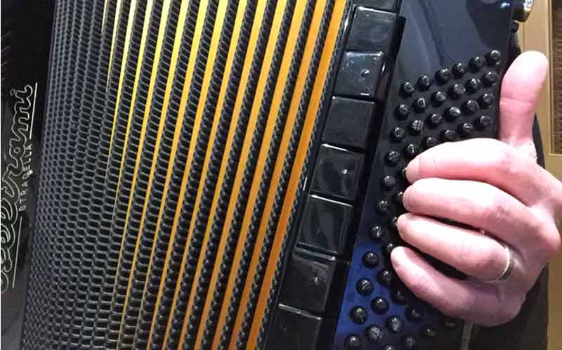 Accordion Bass Scales - Hand Position